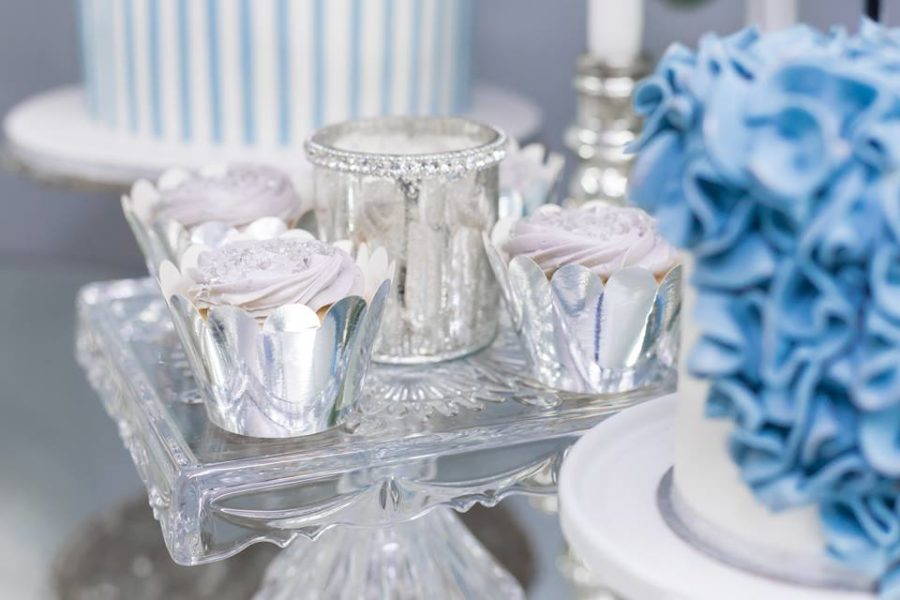 blue-and-silver-elephant-baby-shower-cupcakes