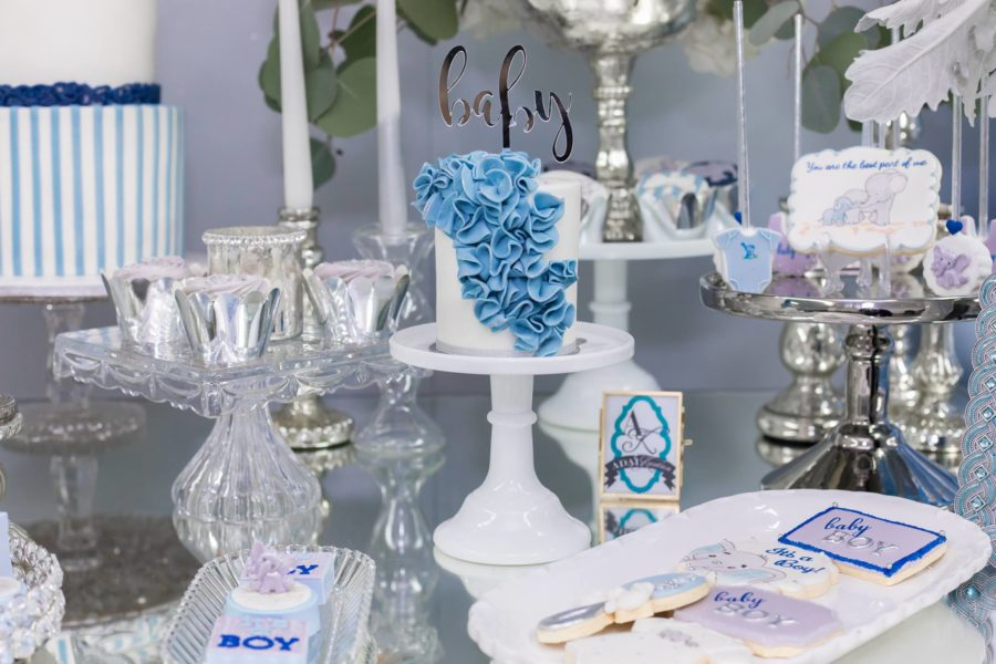 blue-and-silver-elephant-baby-shower-ribbon-cake