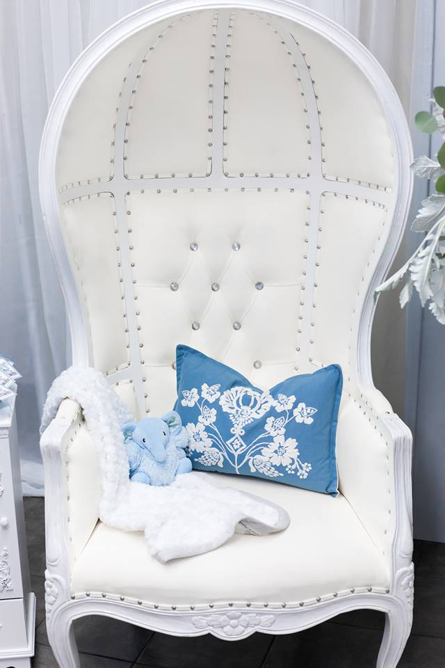 blue-and-silver-elephant-baby-shower-vip-chair