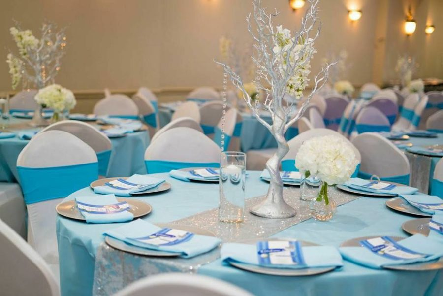 whimsical-carriage-baby-shower-blue-table-covers