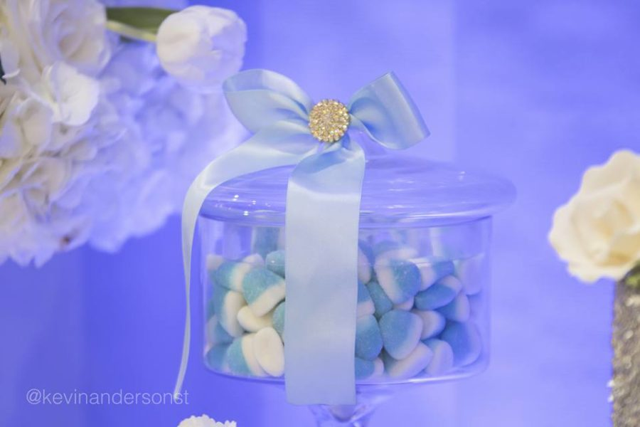 whimsical-carriage-baby-shower-candies