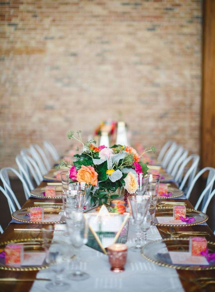 whimsical-little-miss-baby-shower-guest-table