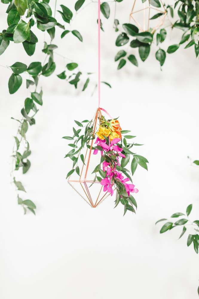 whimsical-little-miss-baby-shower-hanging-flowers