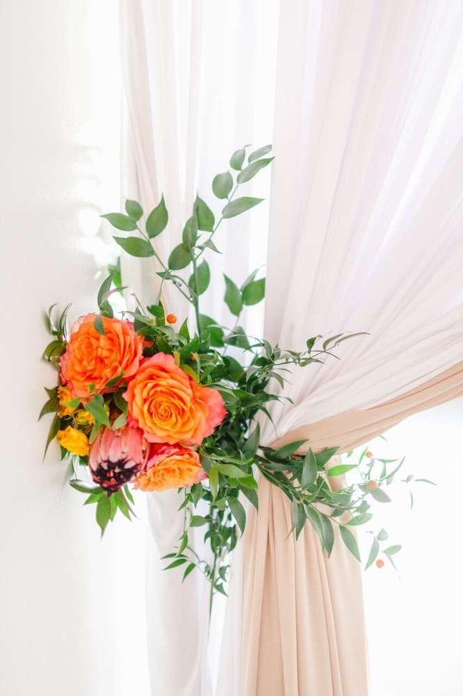 whimsical-little-miss-baby-shower-orange-pink-flowers
