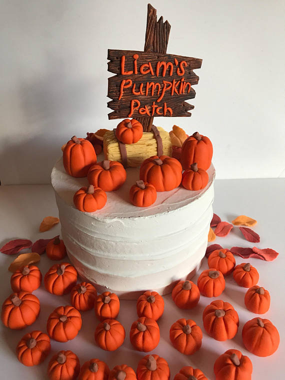 fondant-pumpkin-cake-decorations