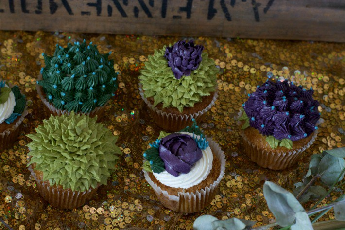 bohemian-style-baby-shower-cactus-cupcakes