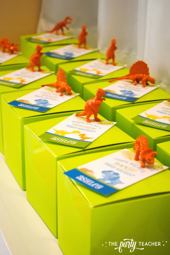 dinosaur-galore-baby-shower-party-favors