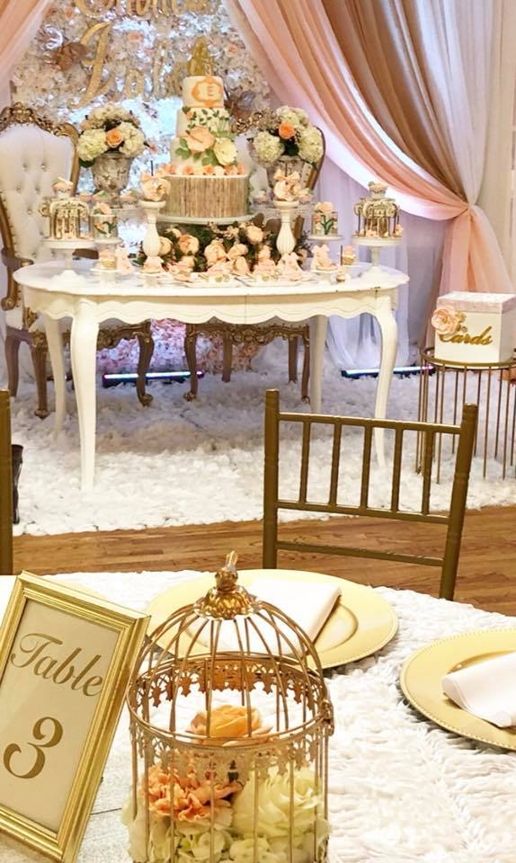 elegant-garden-baby-shower-guest-table