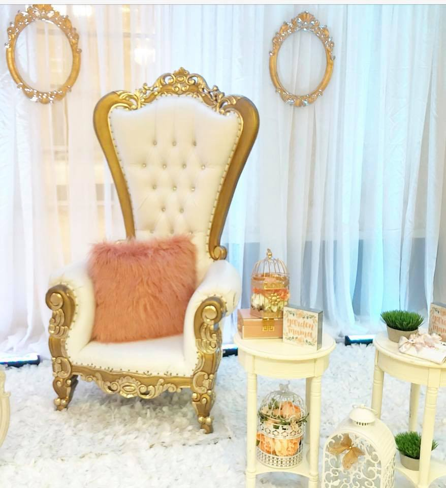 elegant-garden-baby-shower-vip-section