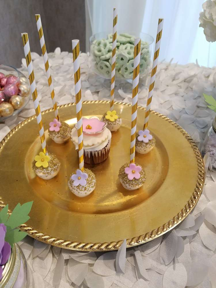 simply-sweet-garden-baby-shower-cakepops