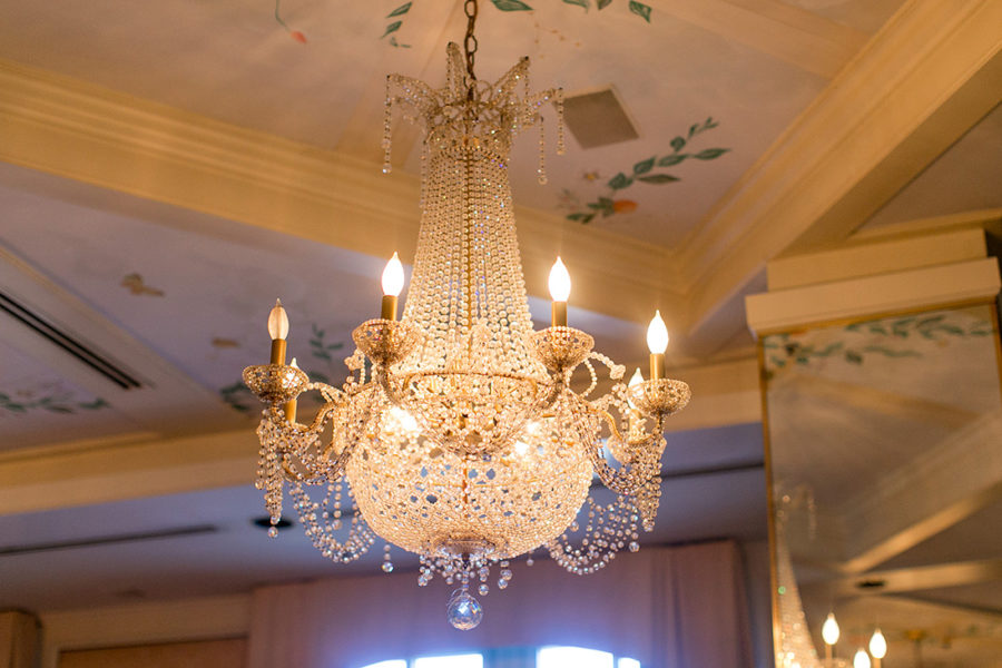 elegant-woodland-baby-shower-chandelier
