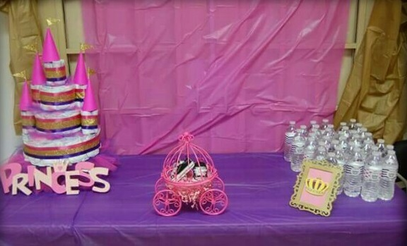 princess-castle-diaper-cake