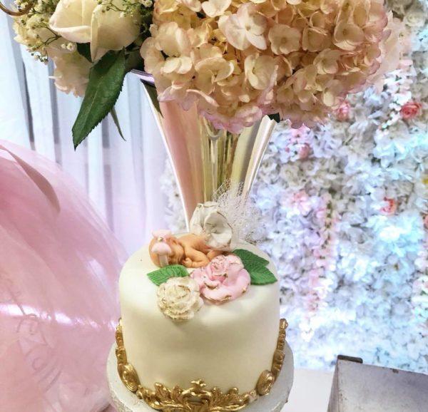 ballerina-baby-topped-cake