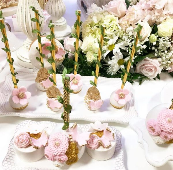 flower-and-leaf-cakepops