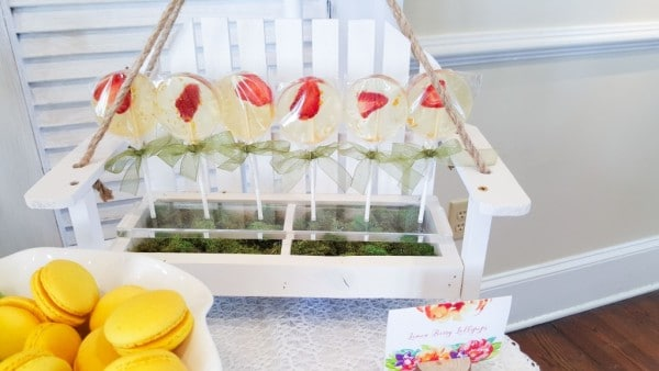 bold-and-bright-baby-shower-lemonberry-lollipops