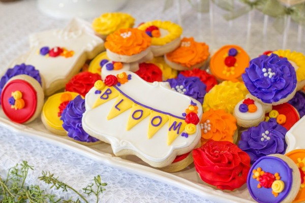 bold-and-bright-baby-shower-sugar-cookies