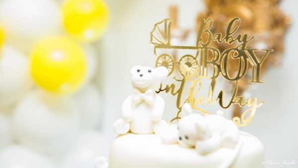 gold-baby-shower-topper