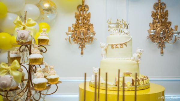 yellow-gold-and-white-teddy-bear-cake