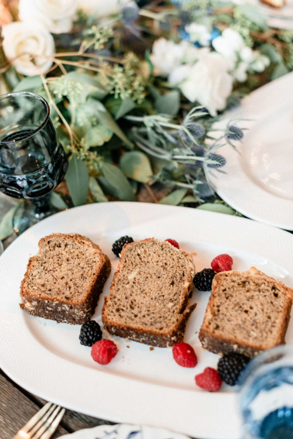 fruit-bread-with-blueberry-and-raspberry-fruits