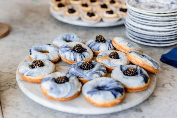 indigo-purple-marble-donuts