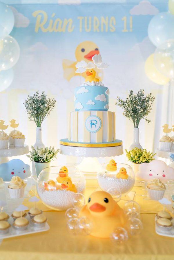 quack-quack-quack-cake-and-backdrop