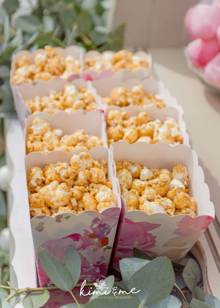 sweet-swan-princess-shower-popcorn