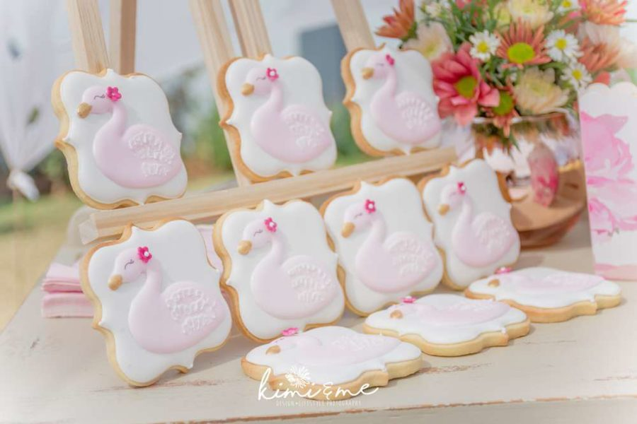 sweet-swan-princess-shower-sugar-cookies