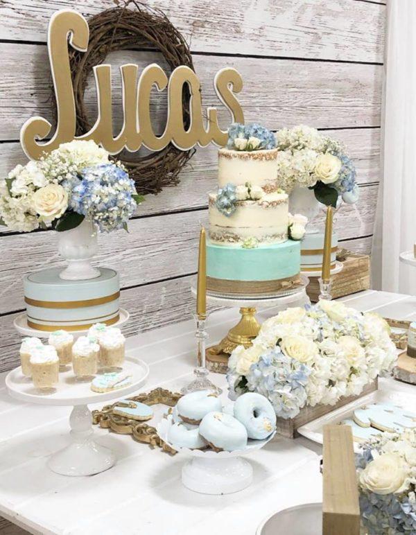 pastel-blue-hydrangea-naked-cake