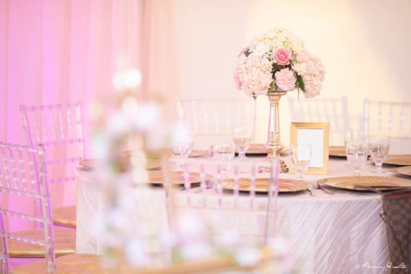 pink-flower-tablesetting