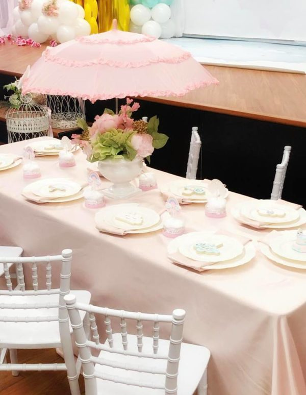 sprinkled-with-love-celebration-table-setting