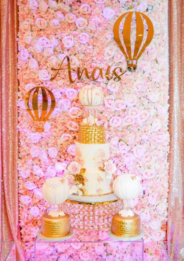 blush-and-gold-air-balloons-baby-shower