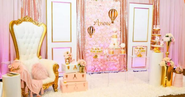 blush-and-gold-hotair-balloon-baby-shower