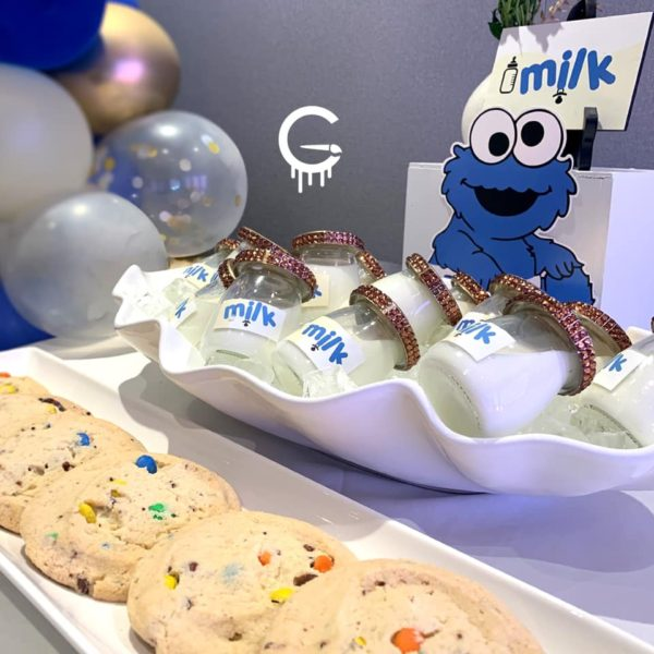 cookie-monster-baby-shower-milk-and-cookies-table