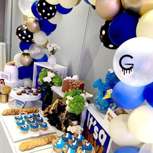 its-a-boy-cookie-monster-baby-shower-party-tablescape