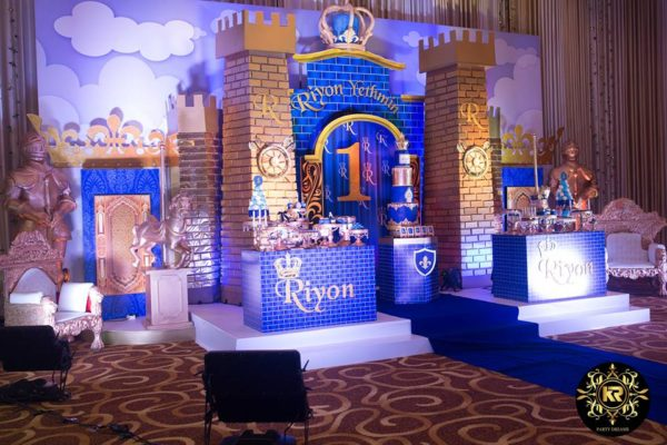 prince-baby-shower-and-castle-wall-decors