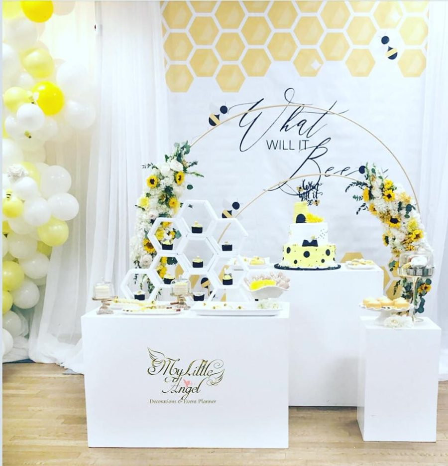 what-will-it-bee-reveal-dessert-table