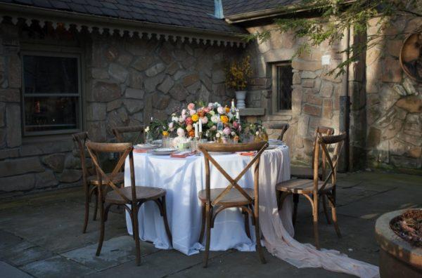 cottage-themed-party-setup