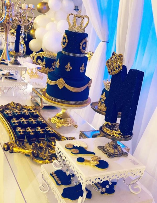cake was topped of with a gold crown