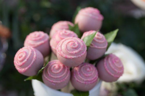 pink-rose-cakepops