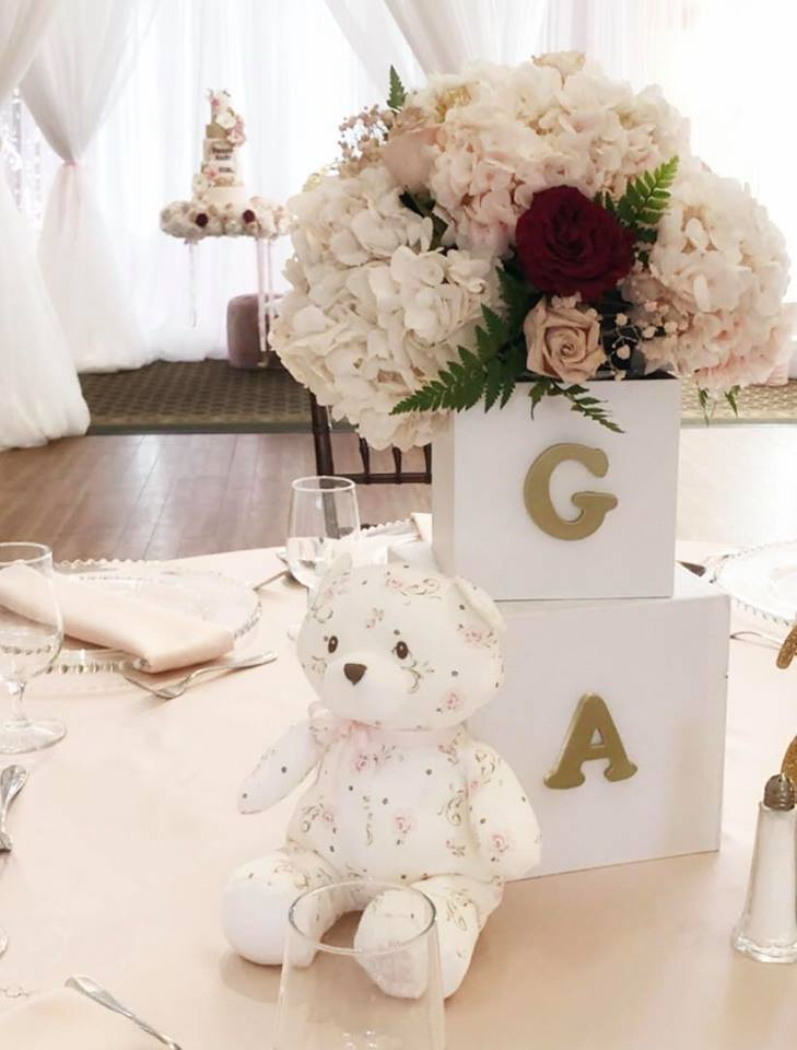 sweet-baby-bear-shower-guest-table