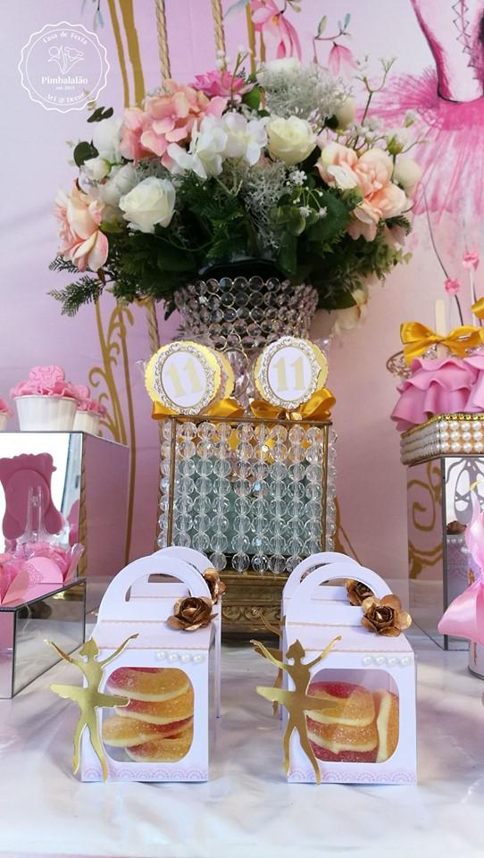 ballerina-favor-boxes-gold-flower