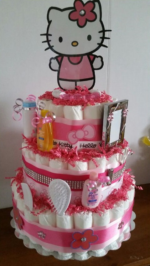 hello-kitty-baby-shower-diaper-cake