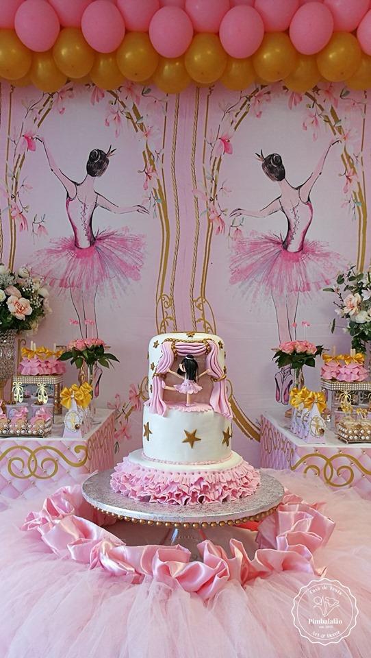 tulle-skirt-cake