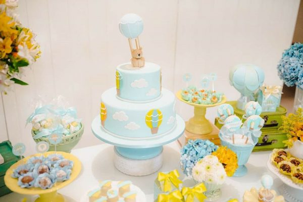 hot air balloon and bear two tiered cake