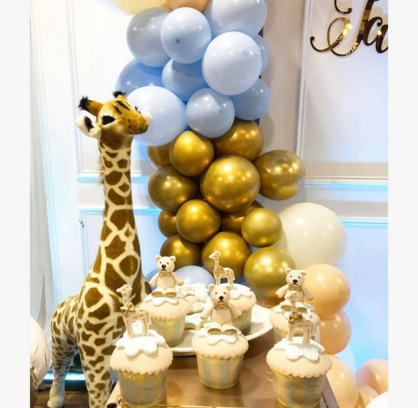gold and blue sweet animal cupcakes