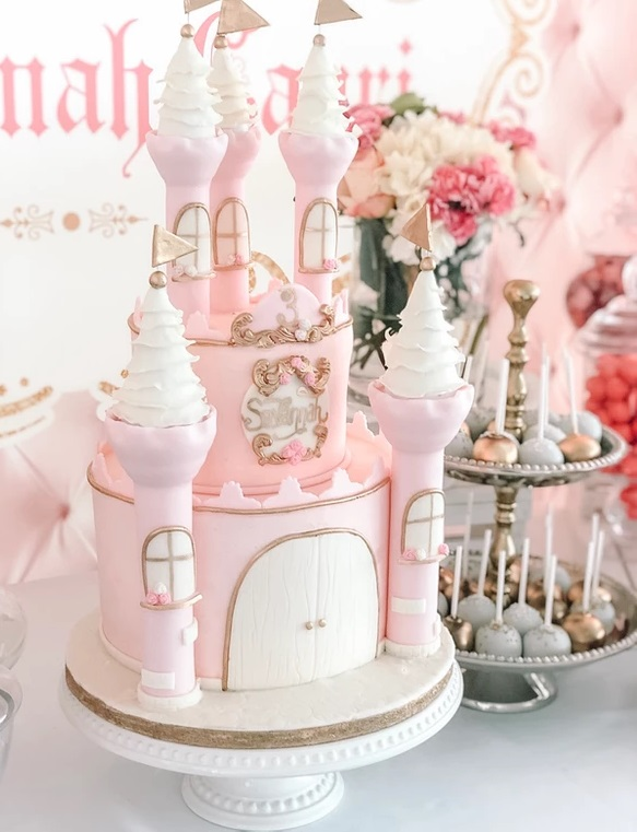 Fairytale-Pink-Princess-Castle-Cake