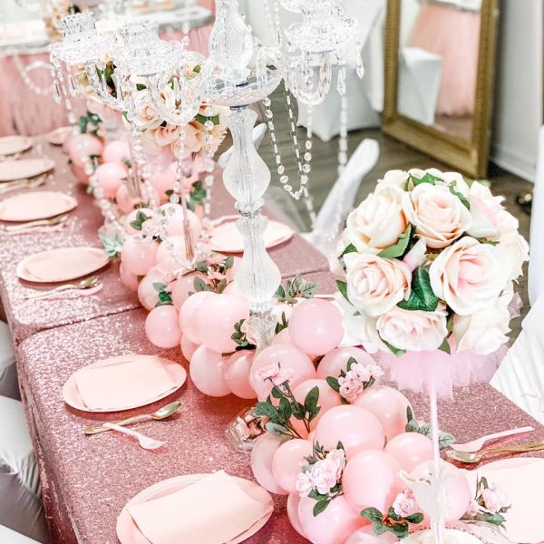 rose gold table centerpieces