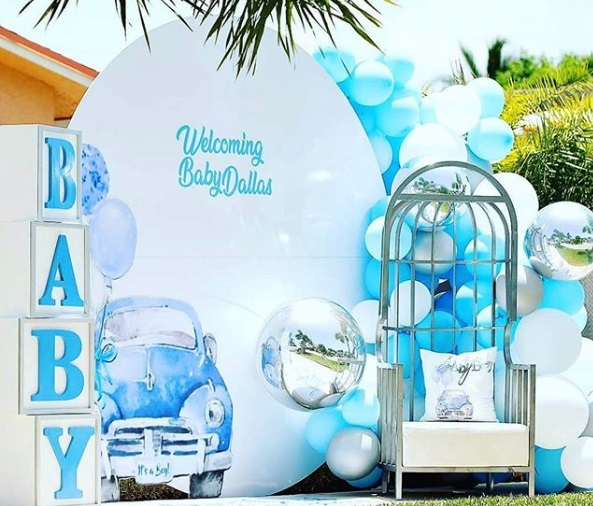 welcome baby drive thru baby shower photos