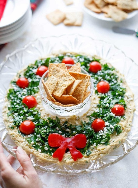 HUMMUS WREATH Christmas Recipe