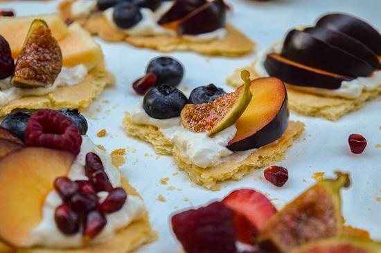 Honey Yogurt and Fruit Biscuit Bites